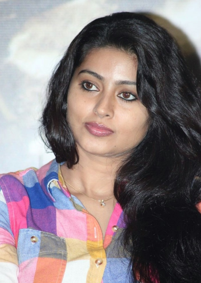Piczgallerys Tamil Actress Sneha Latest Cute Pictures-7044