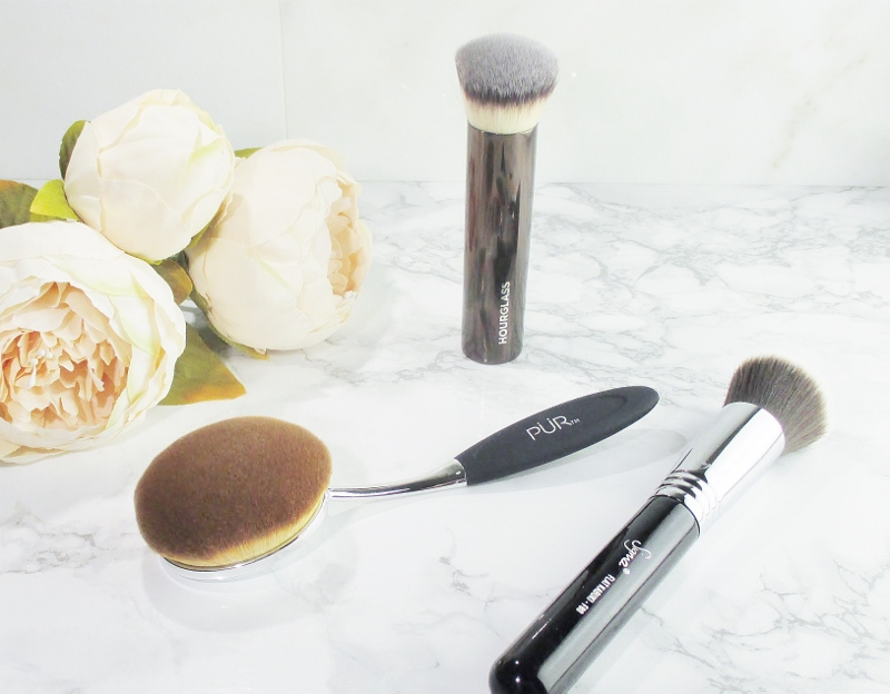 some-of-my-favorite-makeup-brushes-foundation