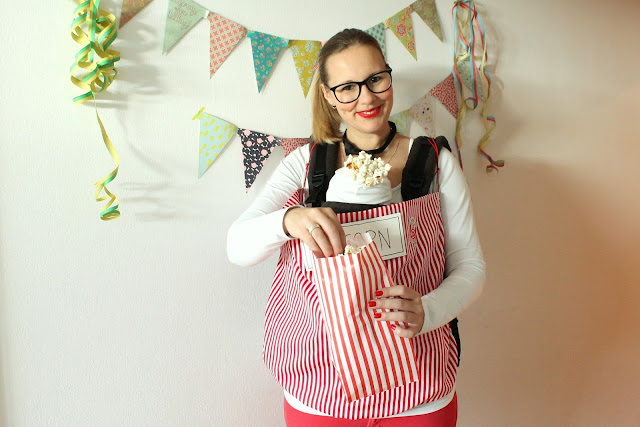 Kostuem Popcorn Verkaueferin Karneval DIY Kostuem mit Baby Jules kleines Freudenhaus