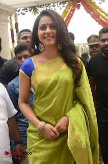 Rakul Preet Singh Pictures in Green Saree at LPT Textile Market Launch ~ Celebs Next
