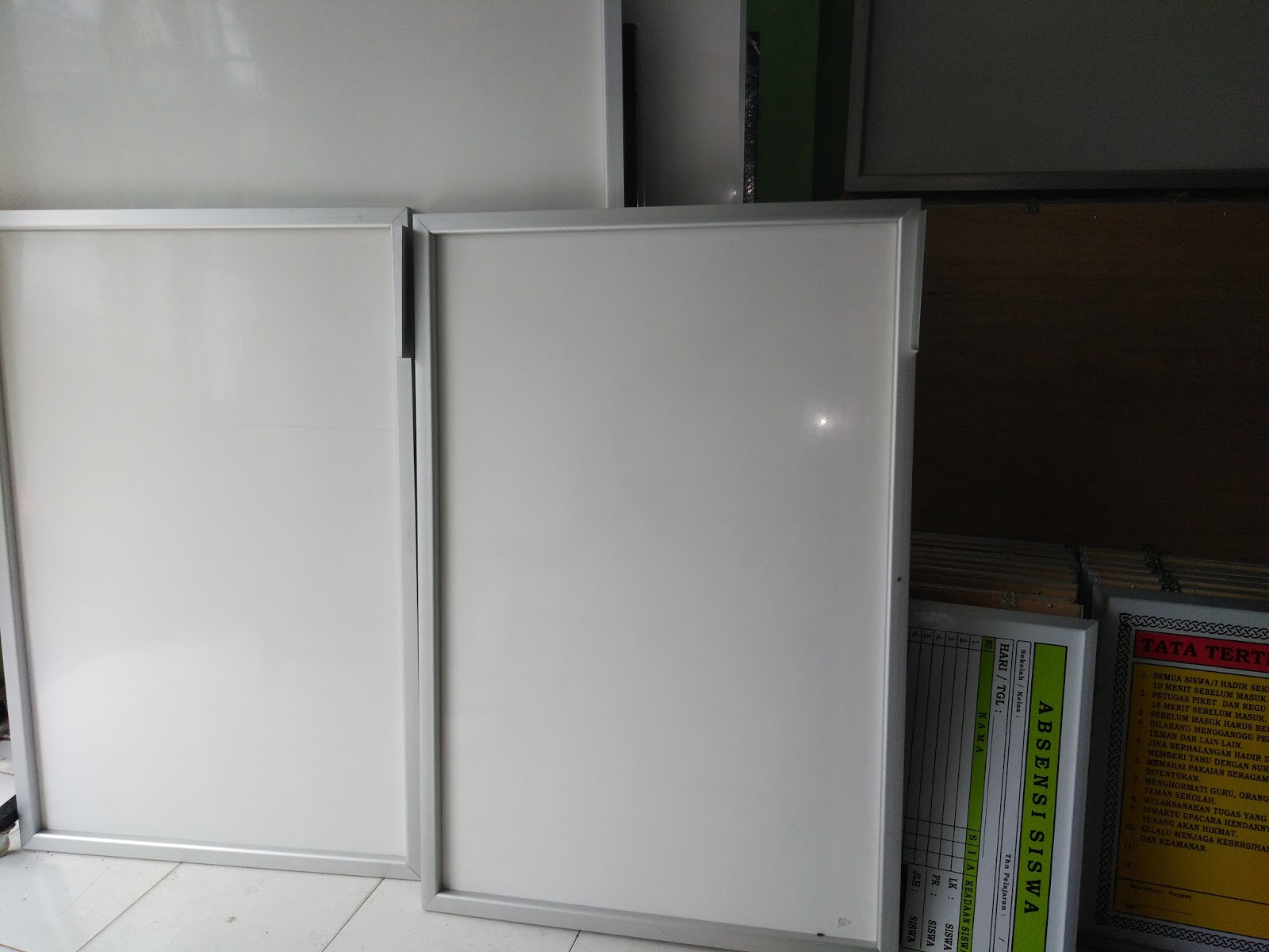 PAPAN DATA SEKOLAH MEDANACEH Papan Tulis Whiteboard
