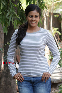 Tamil Actress Chandini Tamilarasan Latest Pos in Ripped Jeansat Ennodu Vilayadu Press Meet  0047.jpg