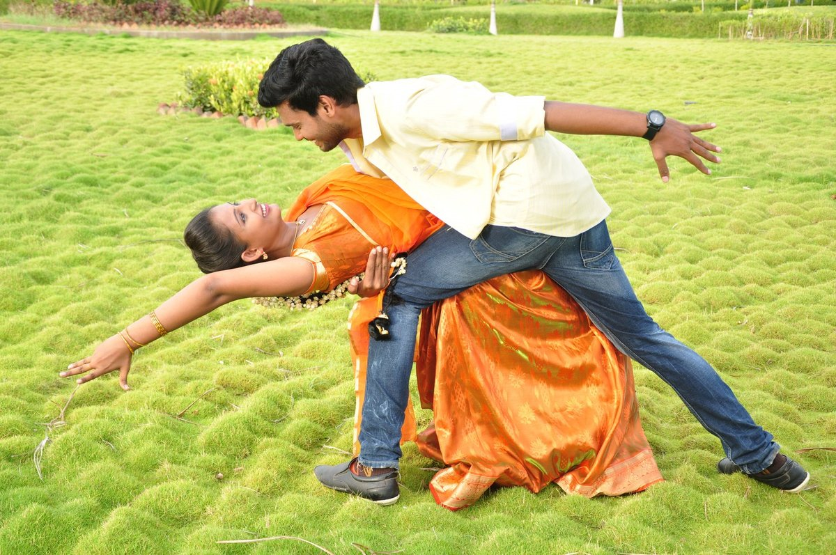 Idho Prema Lokam movie stills-HQ-Photo-1