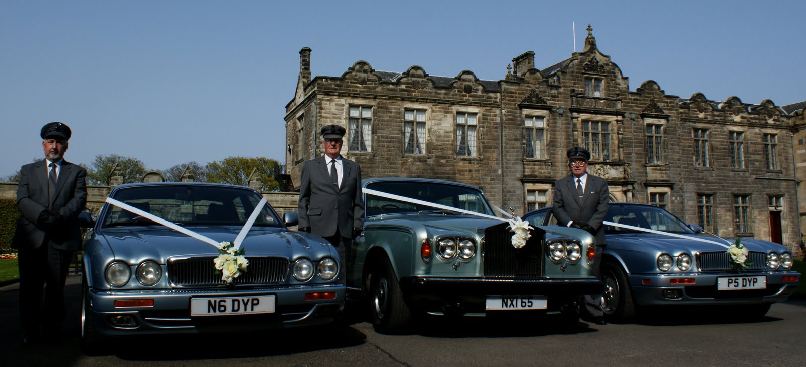 Tour Scotland Photograph Of Scottish Wedding Cars In The Quadrangle St Salvator S College Andrews Fife Drivers With Their Waiting