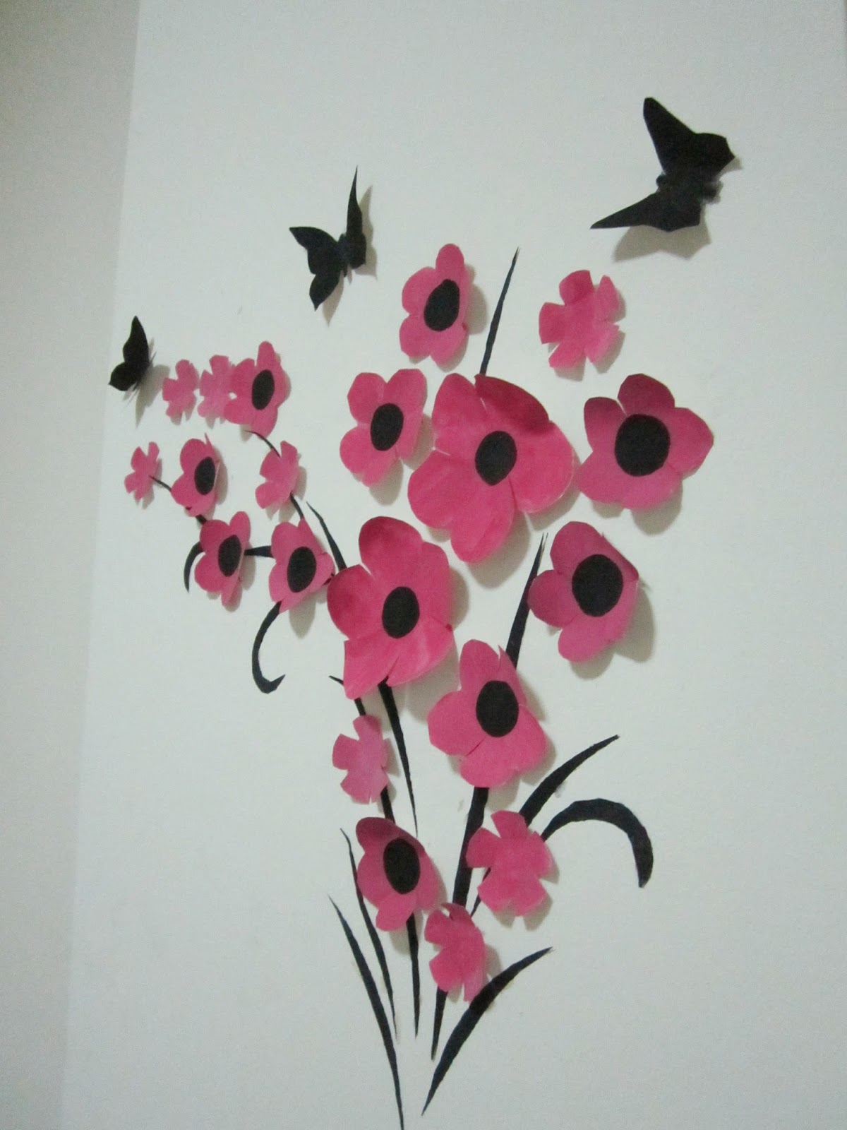 Floral wall art - A little love everyday!