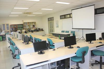 Laboratorium Komputer Sekolah Ideal di Zaman Modern