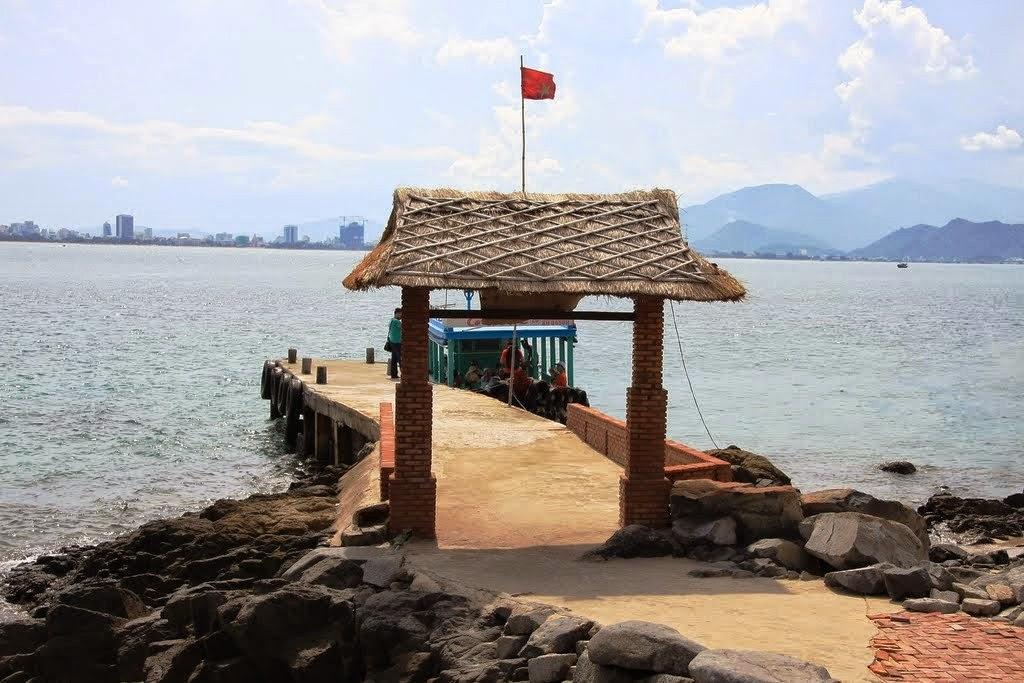 Du lịch đảo Con Sẻ Tre