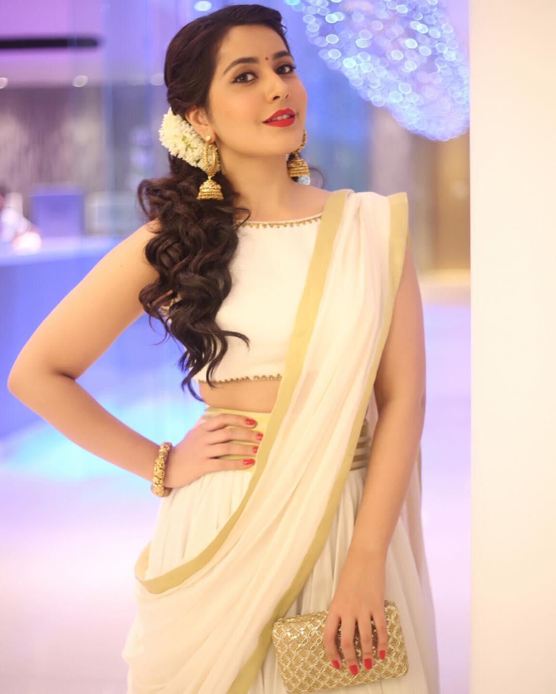 Rashi Khanna Photos | Rashi Khanna HD Images | Rashi Khanna Hot Photos