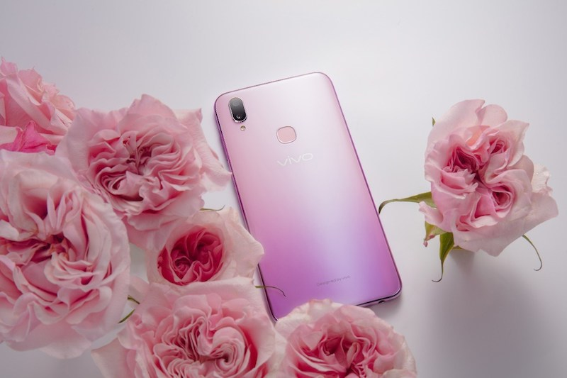 Vivo V11i in Fairy Pink