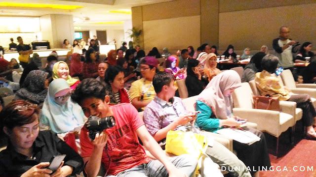 Para blogger serius livetweet isi seminar cegah obati lawan diabetes