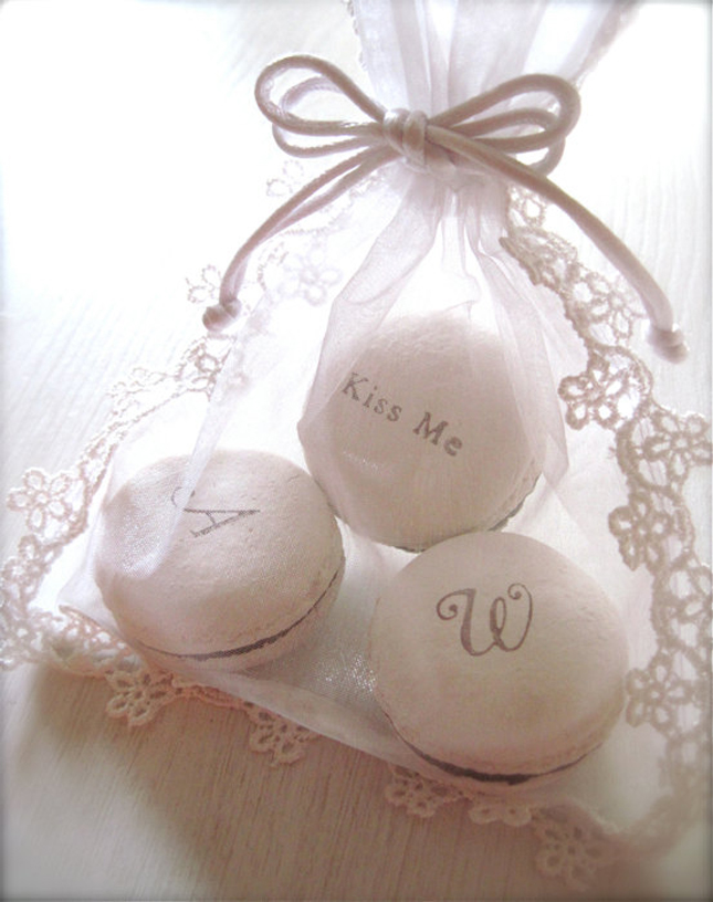 Wedding Macarons Guide Flavors Usages And Presentations Belle