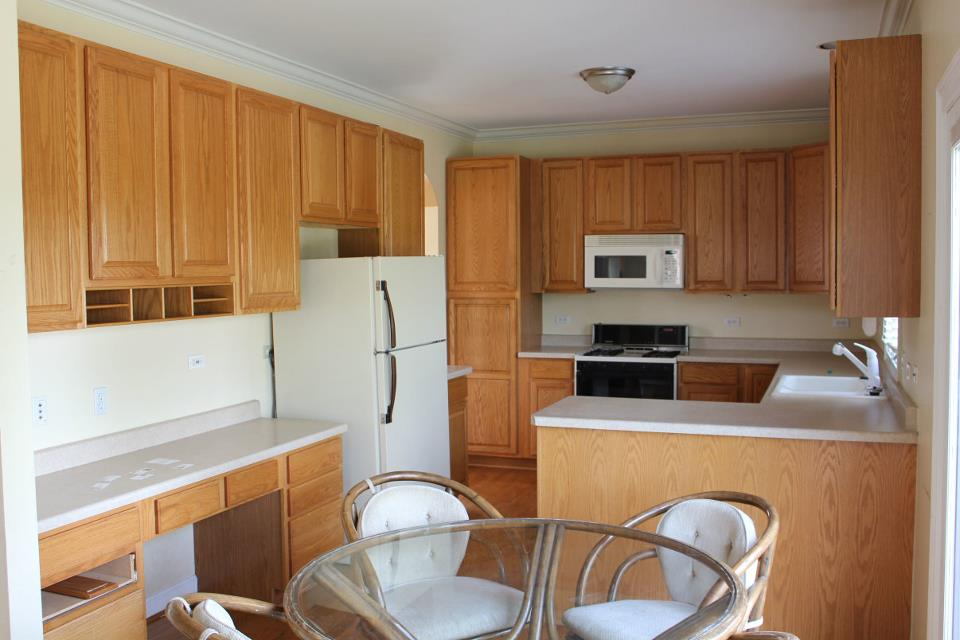 Your Fabulous Life: Do it yourself kitchen cabinet refacing