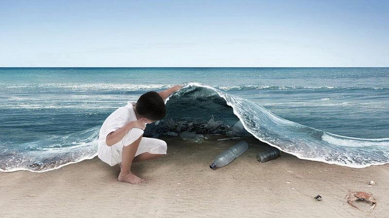 Η Μεσόγειος κινδυνεύει από τα πλαστικά
