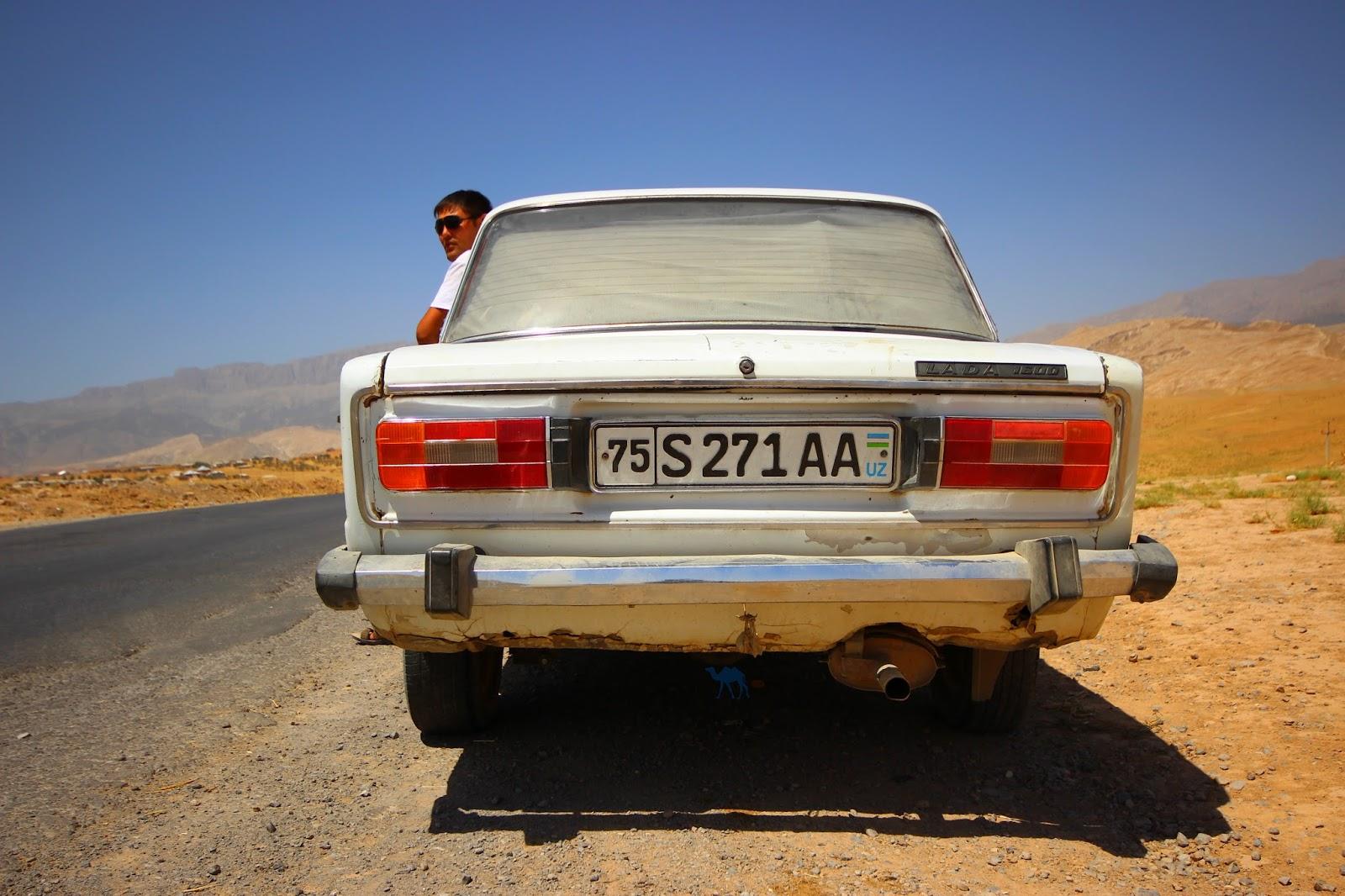 Le Chameau Bleu - Notre chauffeur à Boysun - Voyage en Ouzbékistan