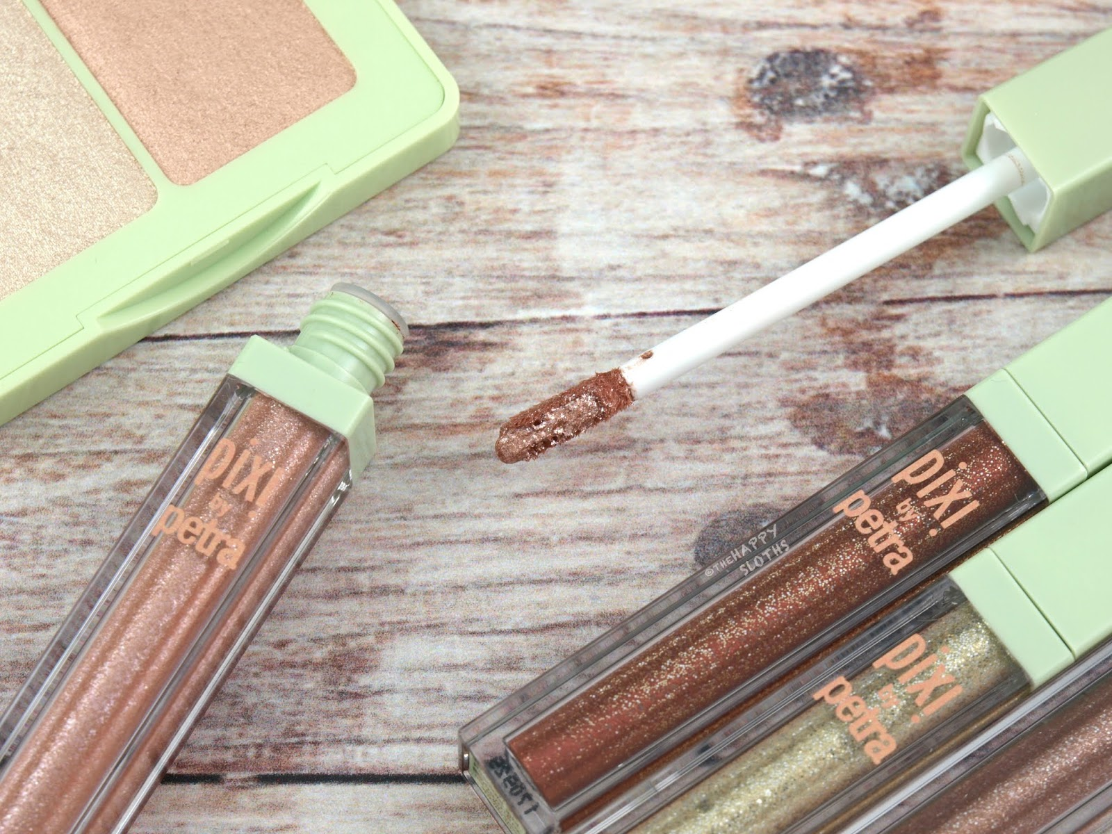 Pixi | Liquid Fairy Lights Eyeshadow: Review and Swatches