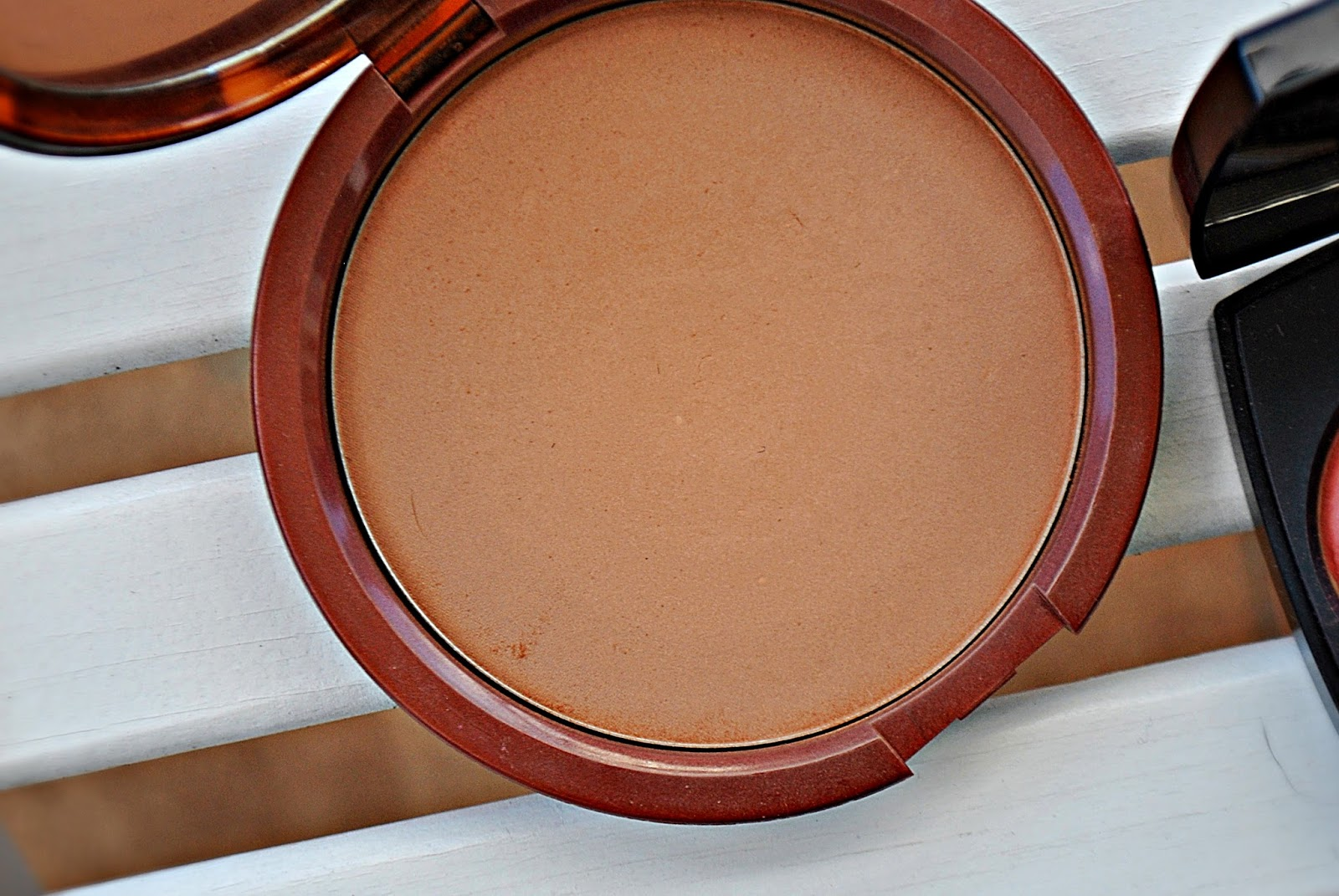 Estee Lauder - Bronze Goddess Powder Bronzer - 03 Medium deep