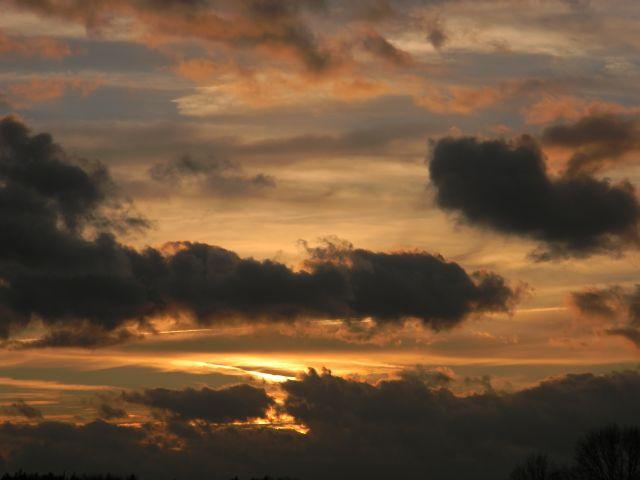 czarne chmury, zmierzch, fotografia, przyroda