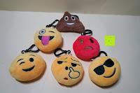 """Erfahrungsbericht: Smakey®2""""mini Emoji Gesicht Express Plüsch Spielzeug Schlüssel Kette Tasche Zubehör Satz von 7"""