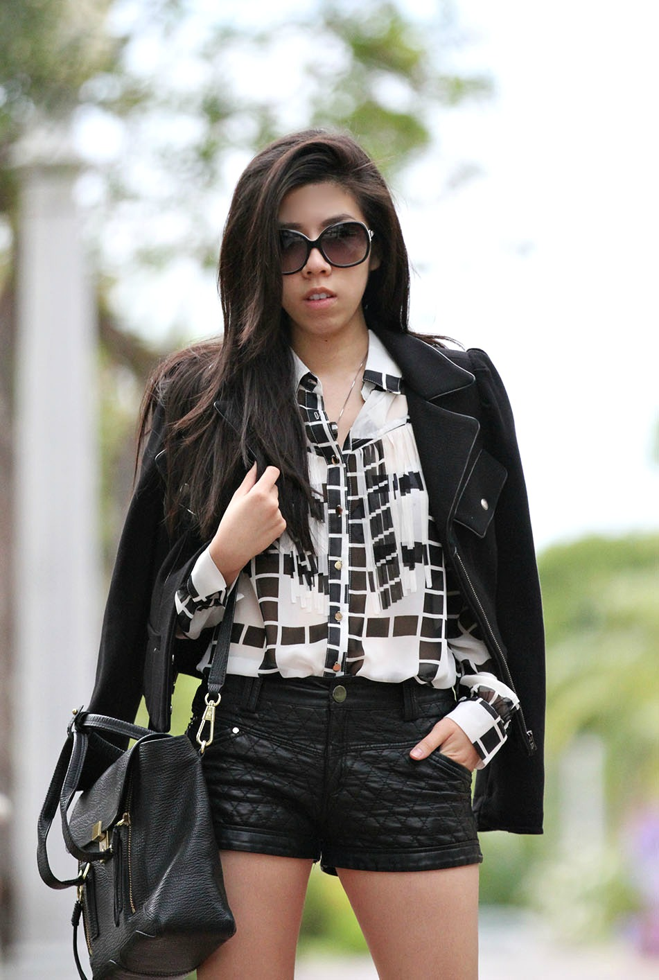 Adrienne Nguyen_Invictus_Casual black and white outfit_california fashion blogger