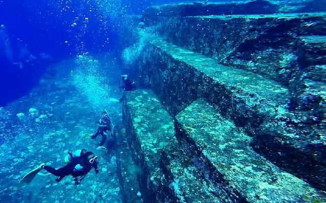 المدرجات في جزر ريوكيو