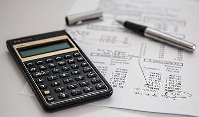 6 Tips bijak mengelola uang THR dan cara pembagiannya