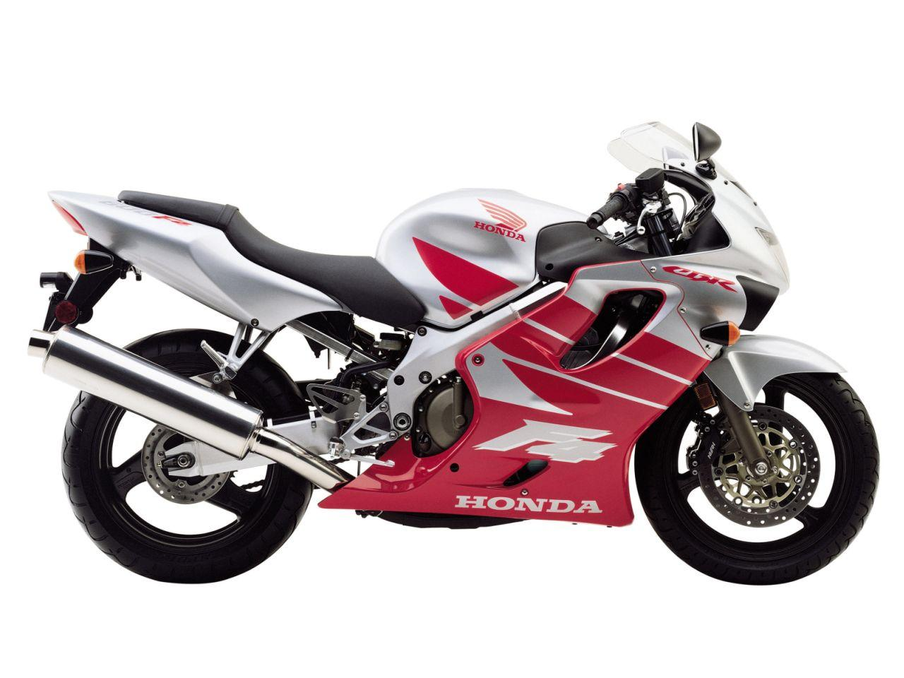 1999 Honda CBR 600 F review. Review of the CBR 600 F submitted on  2012-06-09. I have recently gotten a 99´ 600 f4 and I absolutely love it .