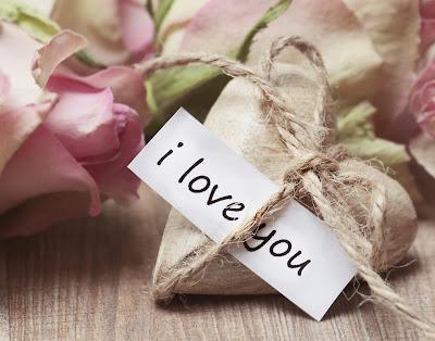 luxury gifts for valentine day. #luxurygifts #valentinesdaygiftsforwomen #expensivegifts