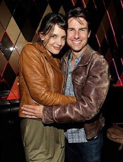 Jaket Kulit Tom Cruise dan Katie Holmes