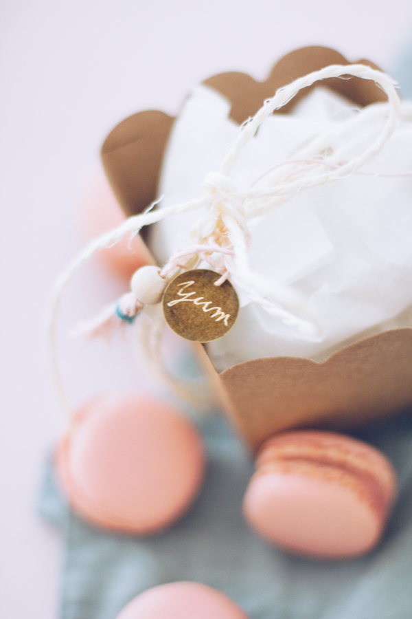 DIY Geschenke aus der Küche hübsch verpacken – 3 tolle Verpackungs-Ideen, um Süßes schön zu verschenken. titatoni.de