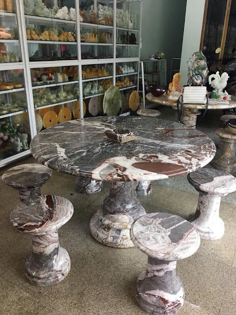 Mặt bàn tròn đá marble
