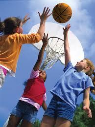 Luật chơi bóng rổ trẻ em như thế nào?