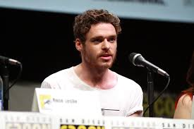 What is the height of Richard Madden?