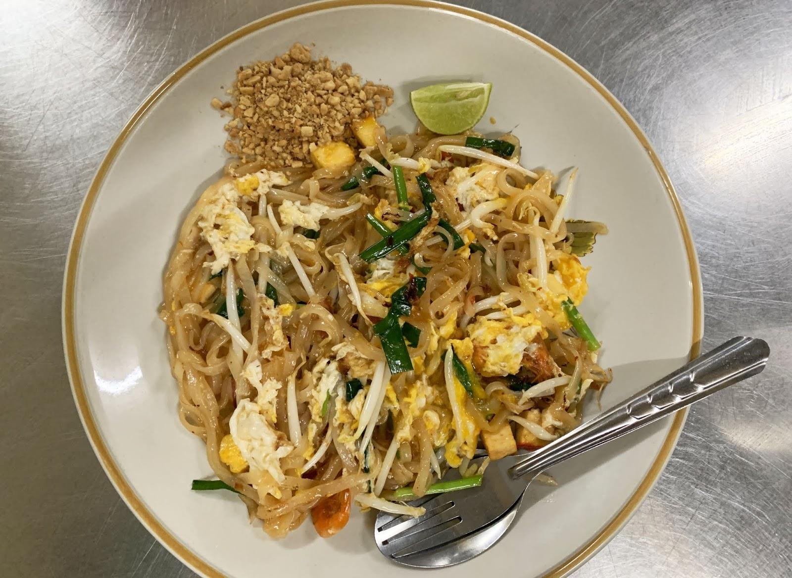 Tajski tradycyjny przysmak ze Street Foodów - czyli idealny Pad Thai