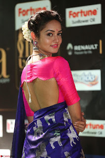 Shanvi Looks Super Cute in Pink Backless Choli Blue Saree at IIFA Utsavam Awards 2017 36.JPG