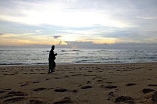 Cerita Cinta di Pantai Bali Part 3