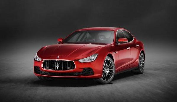 Supercar Maserati Ghibli Quattroporte e Levante, richiamo per problemi su avviso Rapex