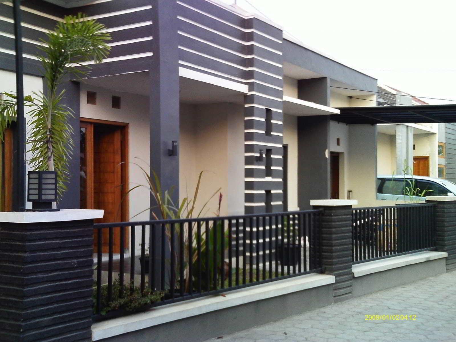 Contoh Model Pagar Rumah Terbaru Besi Modern
