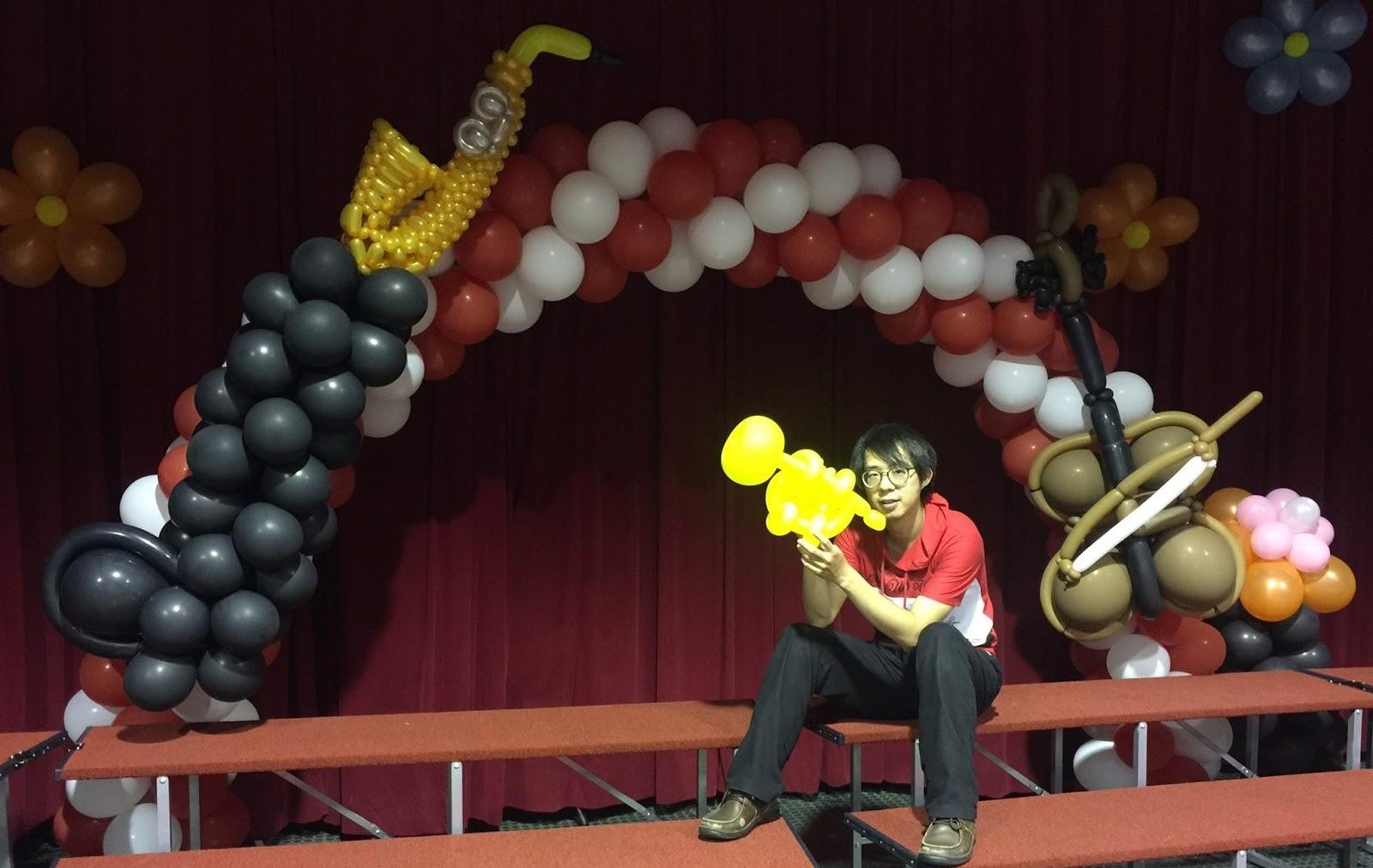 氣球成果發表佈置-薩克斯風,提琴