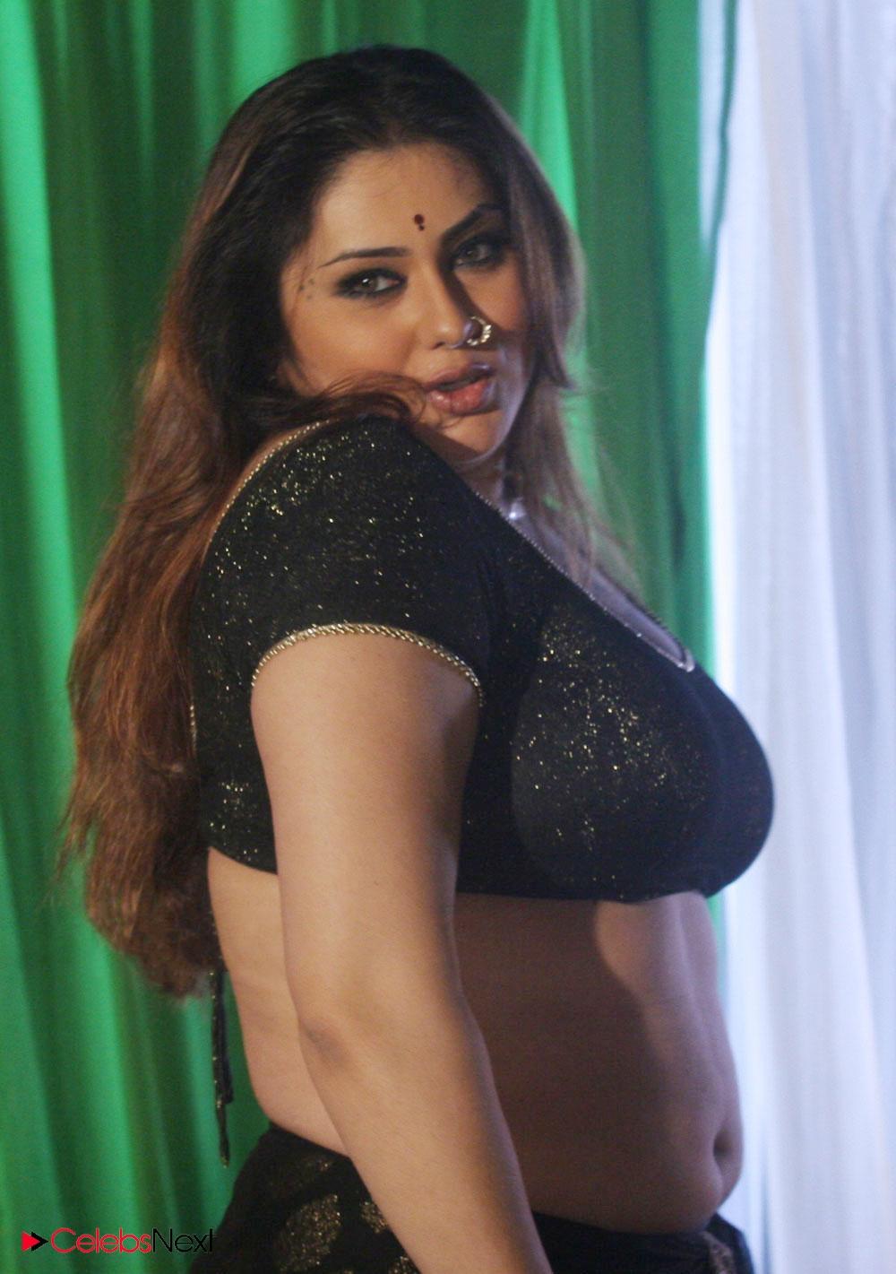 Namitha Sexy Nude Pics - Porn Archive-9960