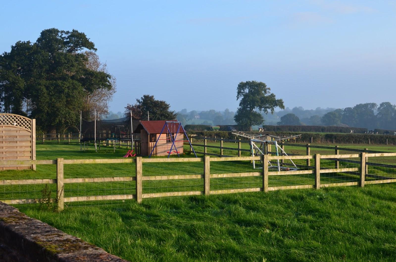 Layman's London: Oulton House Farm, Norbury, Stafford