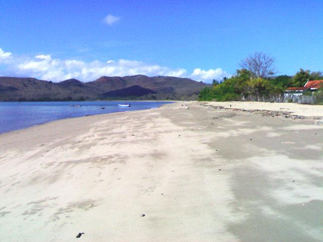 Pantai Wadu Baba