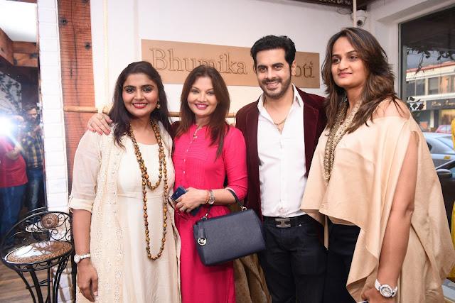 3. Bhumika & Jyoti  with Deepshikha Nagpal & Kaishav Arora