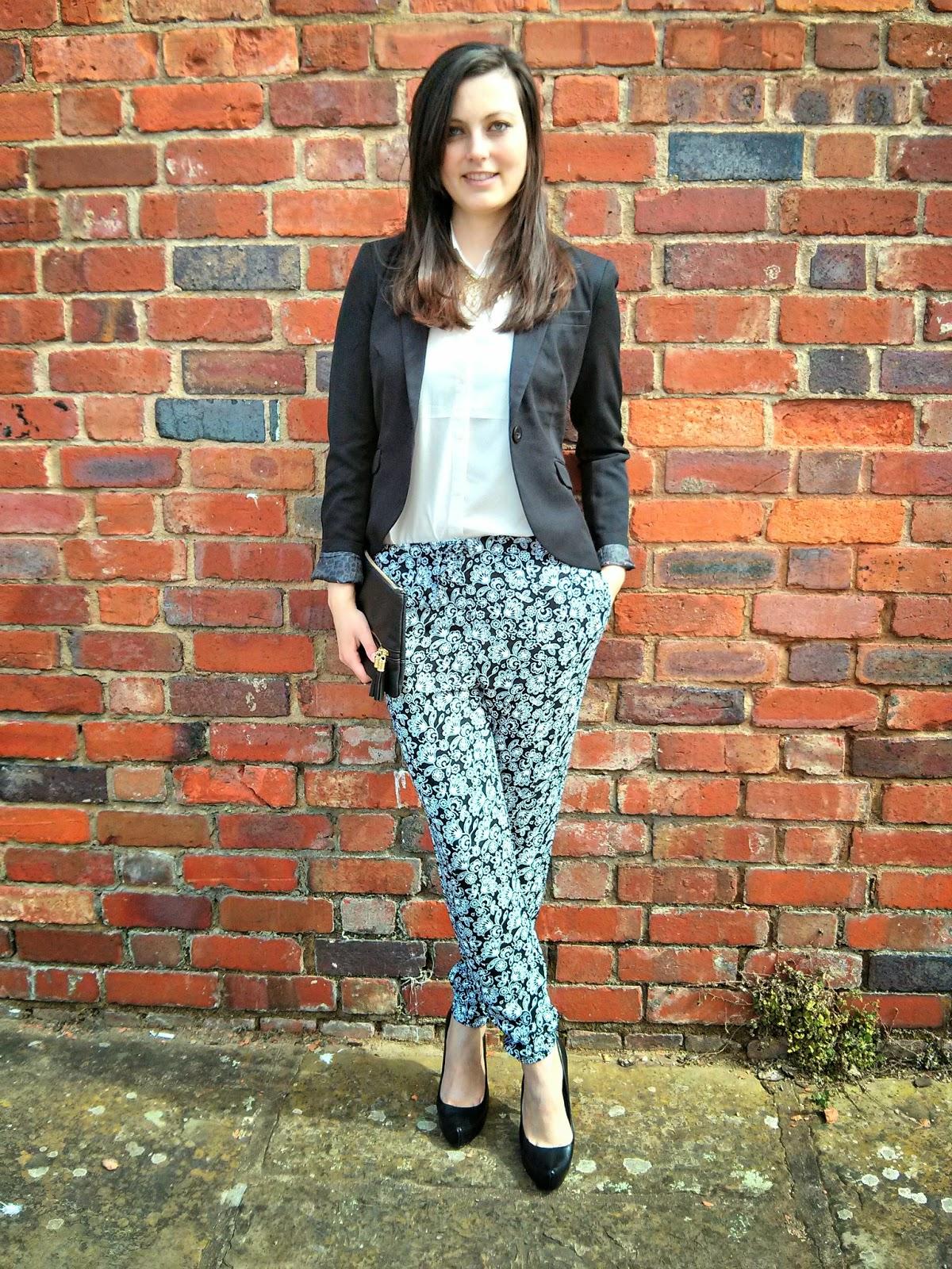 OOTD Fashion post monochrome style
