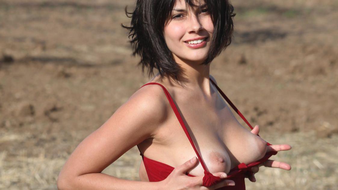 Tara fitzgerald nude amp hairy