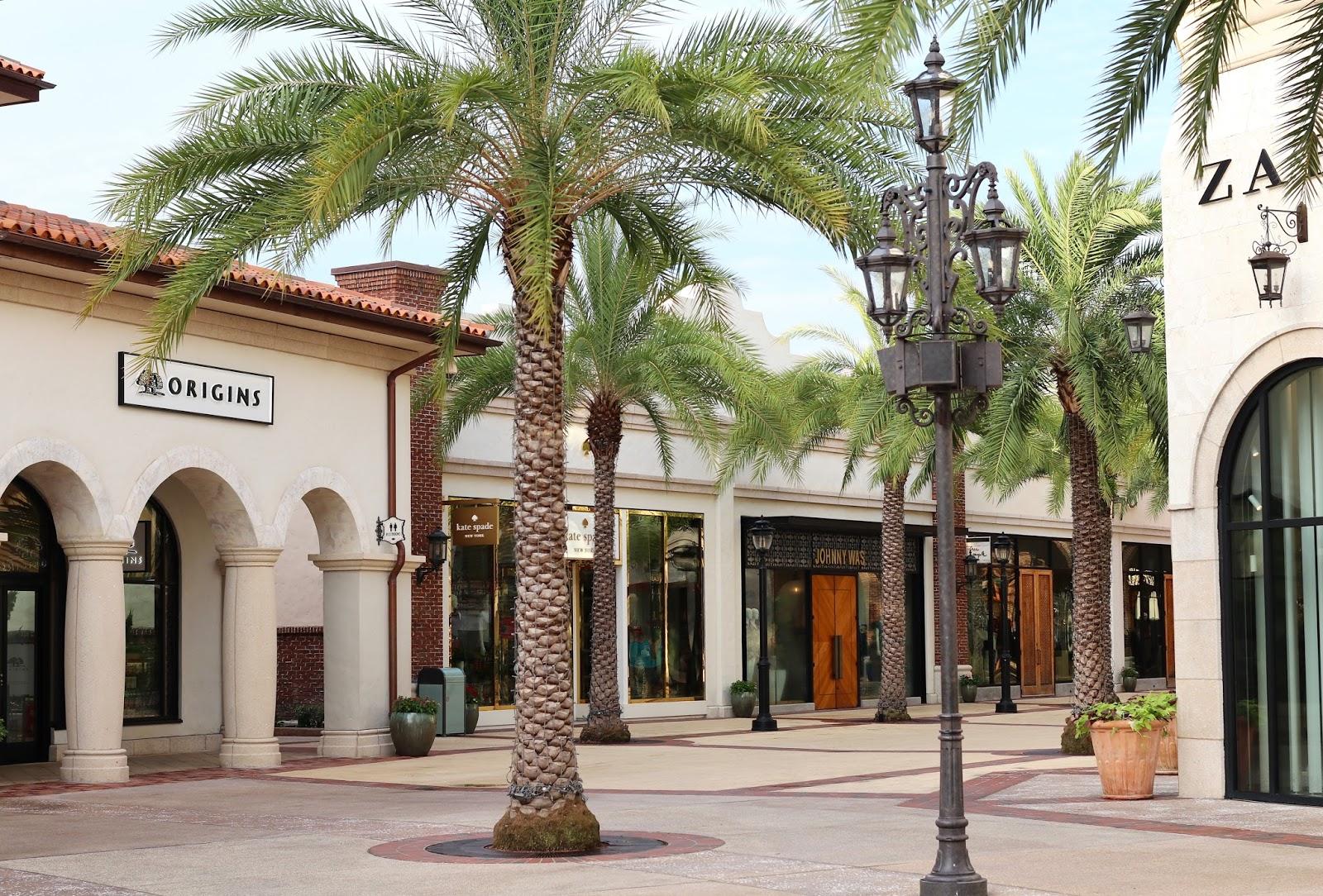 Disney-Springs-mall-Orlando-Florida