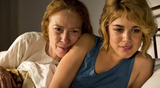 One of the beautiful moment in the film shared between Julieta and her ailing mother