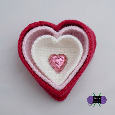 http://www.ravelry.com/patterns/library/heart-nesting-baskets