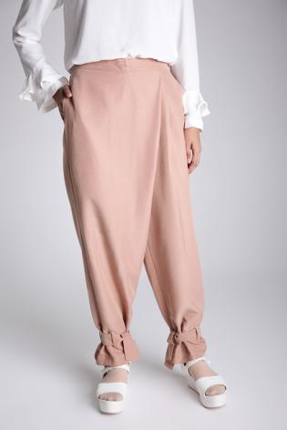 Contoh Celana Baggy Hijab Ala Zaskia