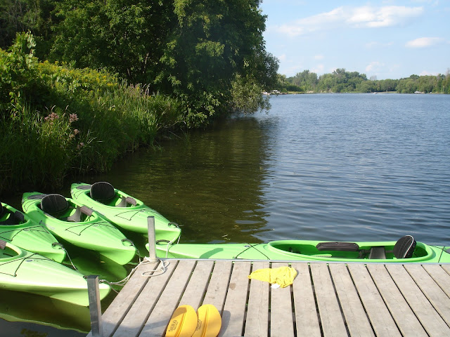 Kayak Stand Up Paddleboard Rentals by the Water