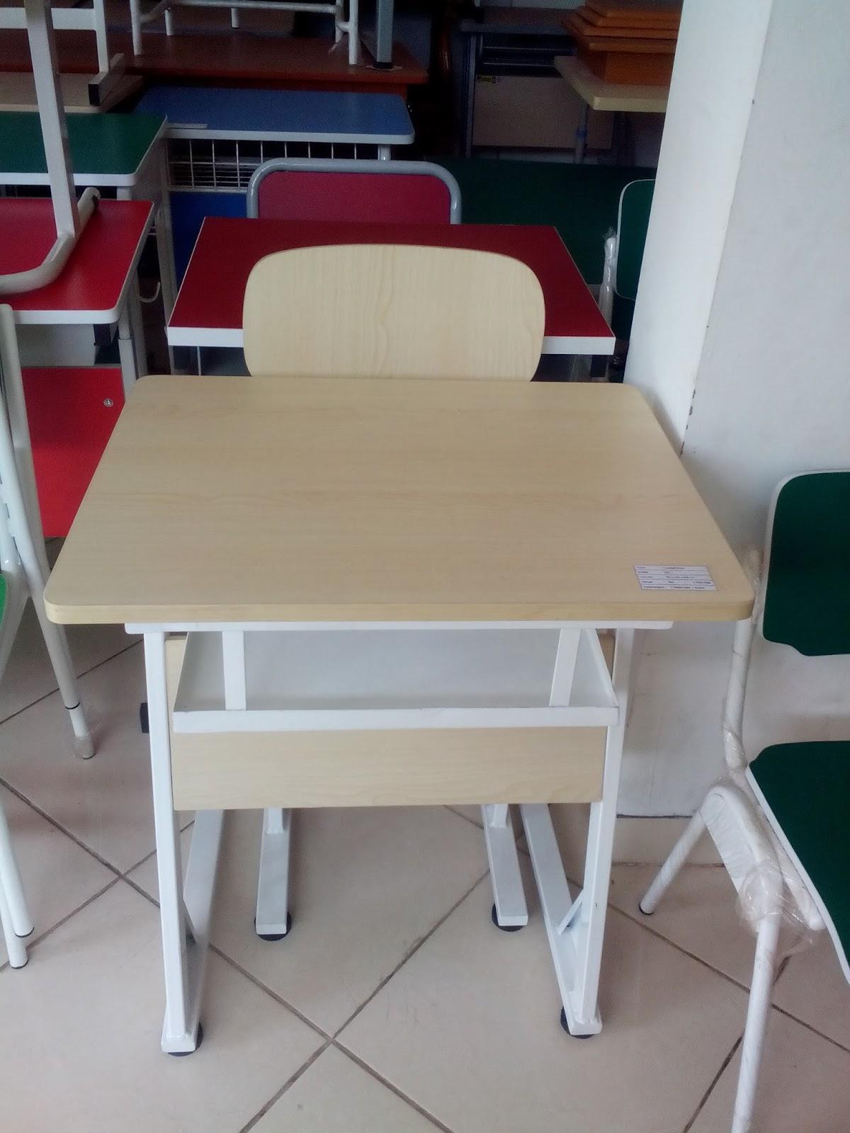 Hasil gambar untuk meja kursi sekolah